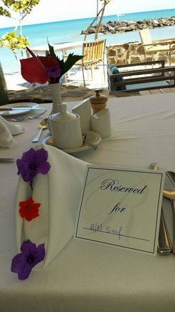 Rendezvous Resort: Champagne Breakfast