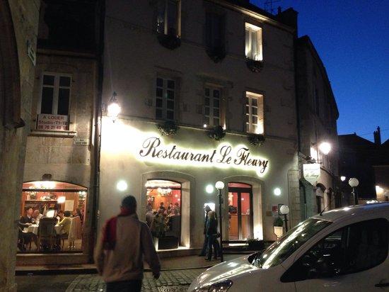Restaurant beaune Le Fleury: Fachada