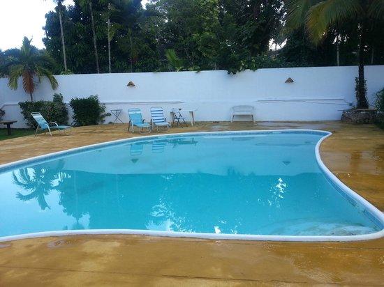 San San Tropez Villa-Hotel: pool at San San Tropez