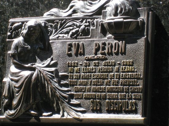 Recoleta: Humbling visit to cemetery with Eva Perons grave