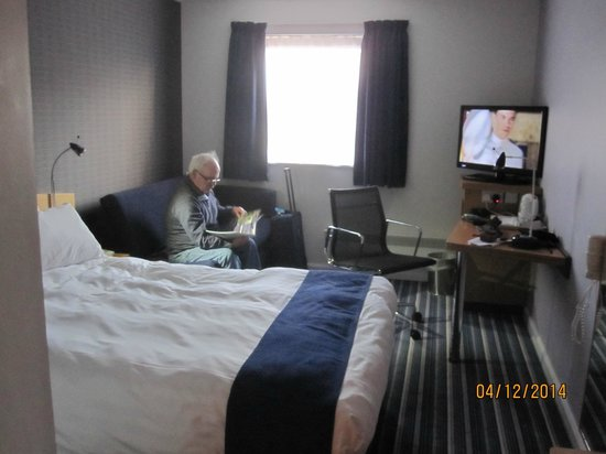 Holiday Inn Express Inverness: Room 221