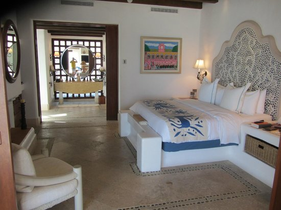 Las Ventanas al Paraiso, A Rosewood Resort: Bedroom area Room 102