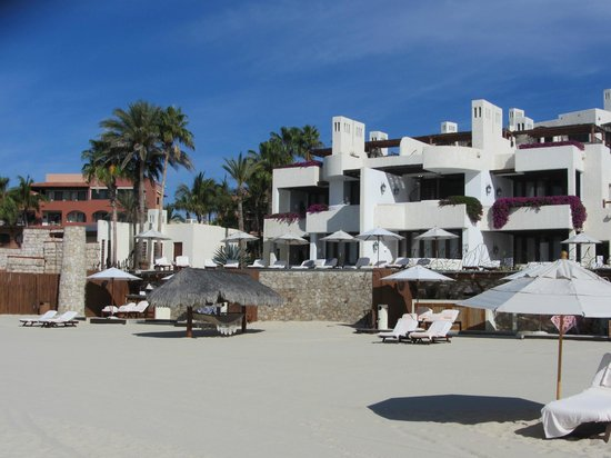 Las Ventanas al Paraiso, A Rosewood Resort: View of Villa 102 from the beach and roof top terrace junior suites in building 2