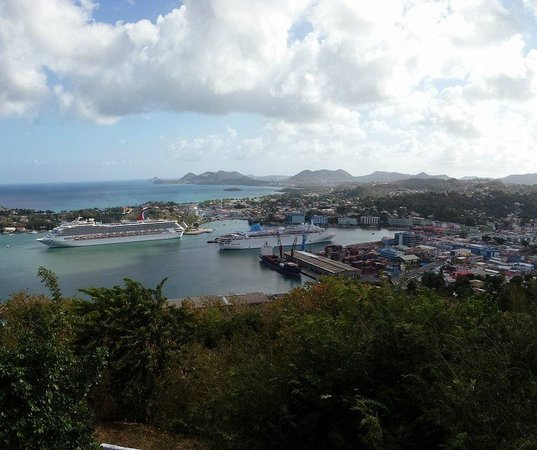 Cosol Tours: View of Castries
