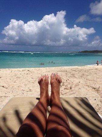 Shandrani Beachcomber Resort & Spa: Descansando en las paradisiacas playas