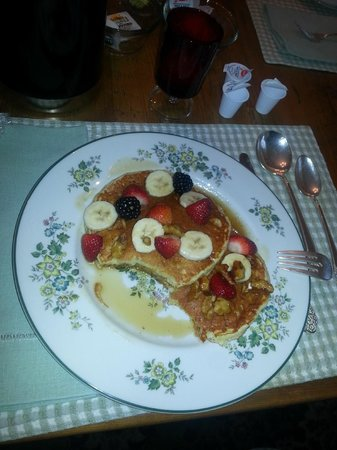 Morning Glory Bed & Breakfast: yummy pancakes!!!!