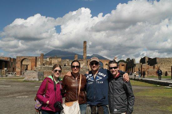 Iaccarino Sorrento Limousine Service: Pompeii