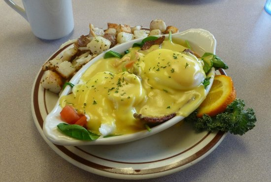 Bette's Place : Eggs Florentine...