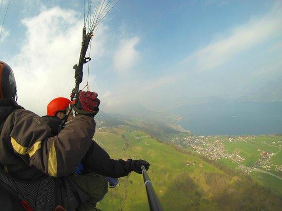 Paragliding Luzern: The view.