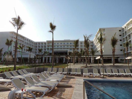 Habitacion doble picture of hotel riu playa blanca rio for Habitacion familiar riu playa blanca