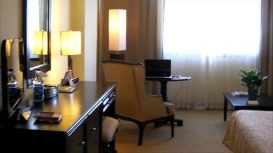 Dominican Fiesta Hotel & Casino : View of hotel room
