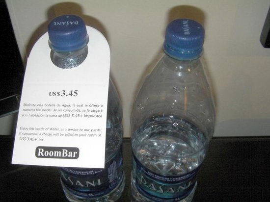 Dominican Fiesta Hotel & Casino : The bottle of water for