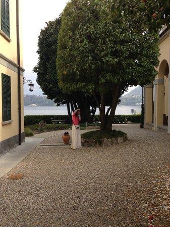 Villa La Mirabella: The Hotel grounds