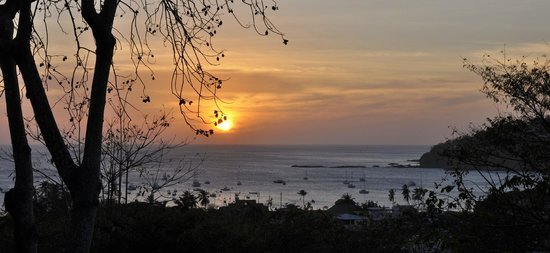 Pelican Eyes Resort & Spa : Sunset view from 'Casa al Mar' patio