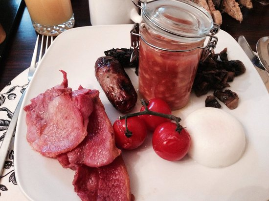 Cranleigh Boutique: Beautiful breakfast
