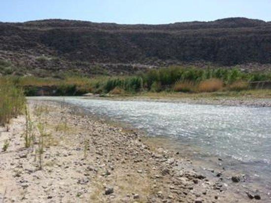 Rio Grande: Shallow water