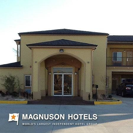 Muskogee Inn and Suites : Exterior