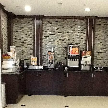 Muskogee Inn and Suites : Breakfast