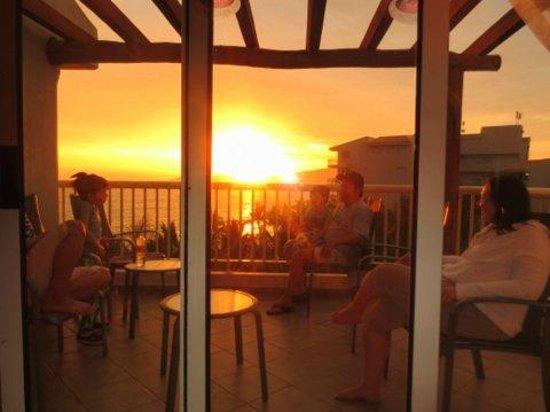 Bel Air Collection Resort & Spa Vallarta: Sunset on deck in Bldg 2