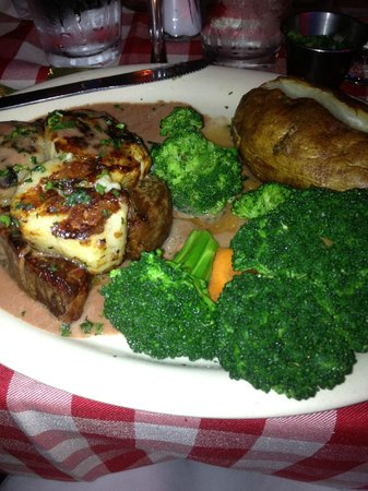 Daddy Jack's: Steak & Scallop dinner