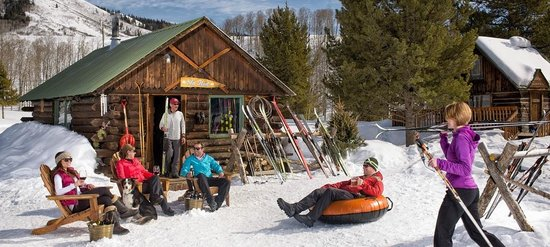 The Home Ranch: Ski Hut