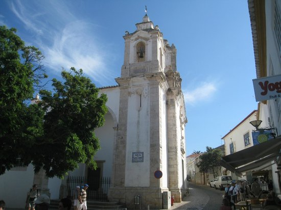 Église de Santa Maria : View from old town area