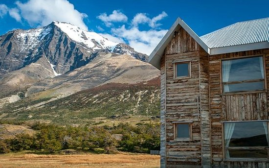 Las Torres Patagonia: Hotel Grounds/view from the hotel