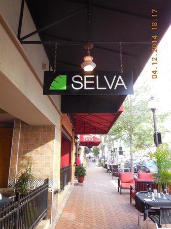 Selva Grill