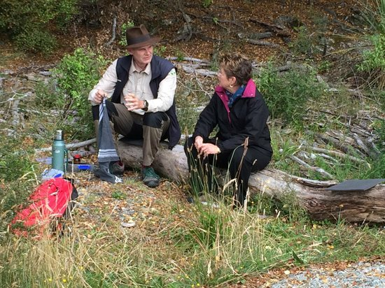 Guided Walks New Zealand: My wife and Peter chatting over tea