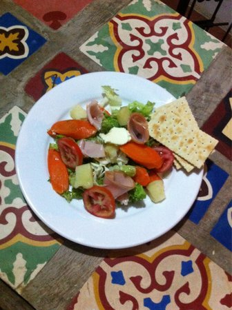 Campestre Habana: Salad con  jamón !