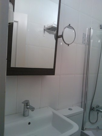 Hostal Cabo Mayor: Baño