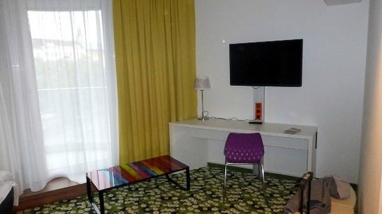 Ibis Styles Wien City: Family room