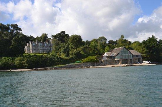 Falmouth Boat Hire: Beautiful house