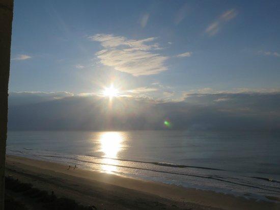 Compass Cove Oceanfront Resort: Good mornoing sunshine