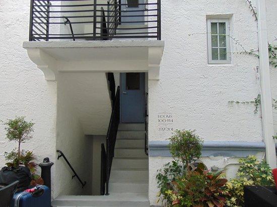 Harrison Hotel: las escaleras para ir a las habitaciones