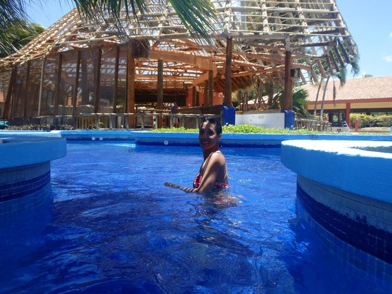 Ecoplaya Beach Resort: Going from the deep end to the shallower end