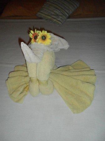 Casa Trudel: Towel figures