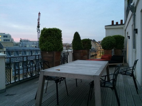 Hotel Marignan Champs Elysees: terrace