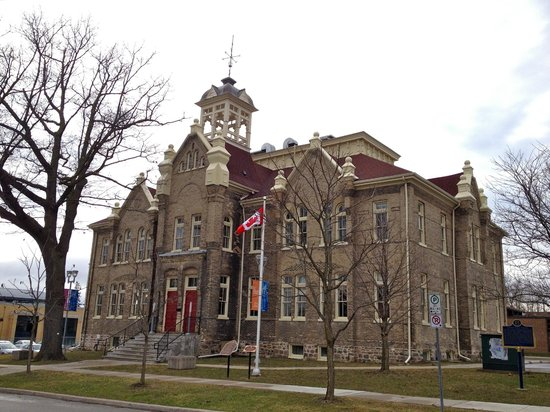 Aurora Cultural Centre located in the historic public school house