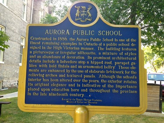 Aurora Cultural Centre: History of the building
