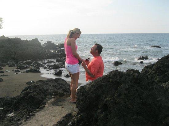 Drake Bay Wilderness Resort: They're Engaged!