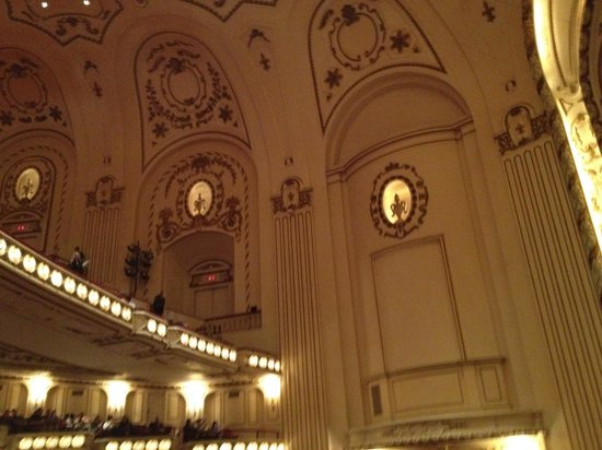 Powell Symphony Hall: Powell hall interior 2