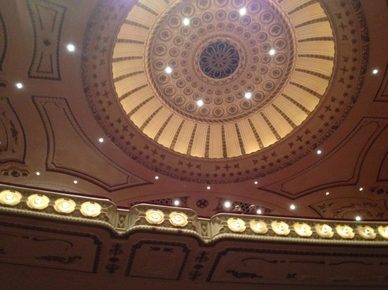Powell Symphony Hall: Powell hall interior 3