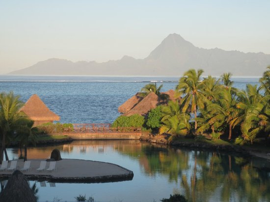 InterContinental Tahiti Resort & Spa : Amazing view from the lobby
