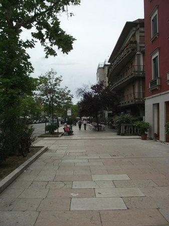 Lido : Grande Avenida Santa Maria Elisabetta