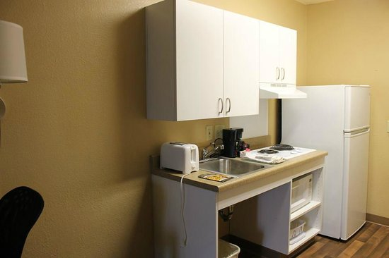 Extended Stay America - New Orleans - Metairie: Kitchenette