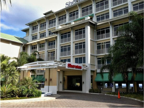 Sheraton Bijao Beach Resort : hotel entrance