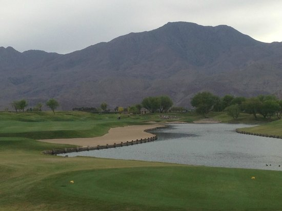 PGA West TPC Stadium Golf Course: Mountains-Sand-Water.  What else could you ask for?