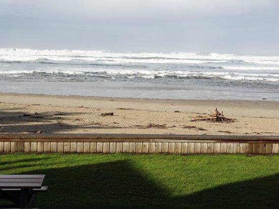 Schooner's Cove Inn: our view