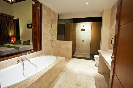 Sahaja Sawah Resort : sahaja bathroom